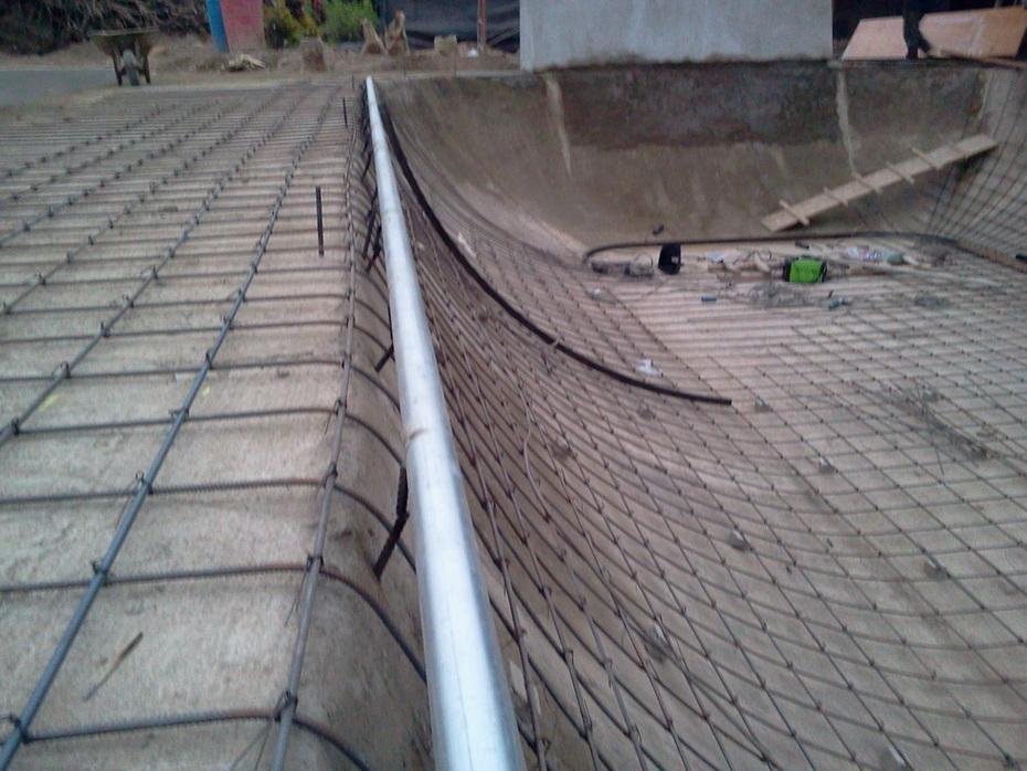 SKATEPARK CARABAYLLO. LA POZA SE HARÁ CON REGLAS, BIEN HECHO.2011-07-02