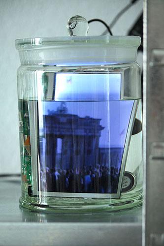 konservat 5 - mauerfall - ralf kopp - www.ralfkopp.com - videokunst