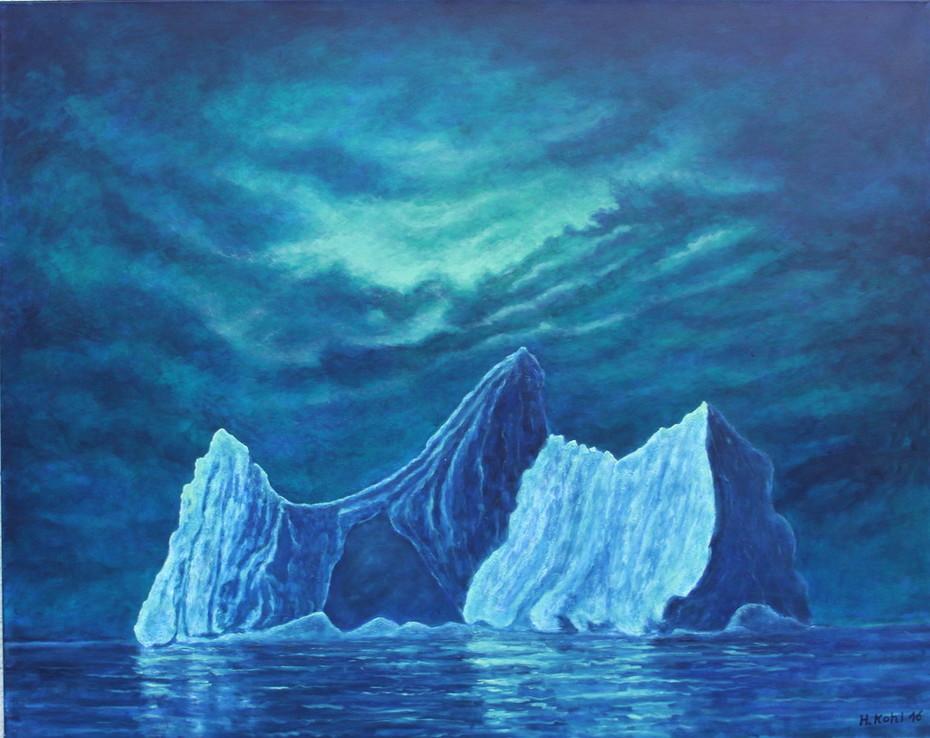 Eisberg im Polarlicht