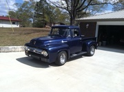 56 F 100 Front view