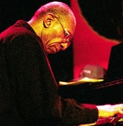 Pianist who play all styles of JAZZ