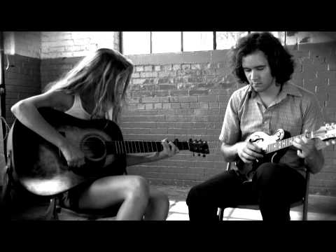 "Mandolin Orange - ""Runnin' Red"""