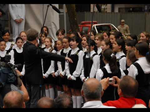 Hino Nacional Brasileiro -  Meninas Cantoras de Petrópolis