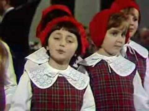 Песня Красной Шапочки. Song of the Red Cap.