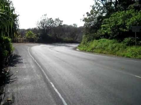 Vid 3 ~ Hana hwy begins to wind, nature sounds - hawaii 10 28 09.AVI