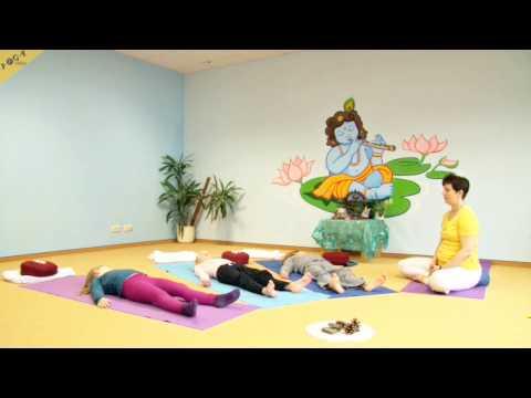 Yogastunde Kinder Anfangsentspannung