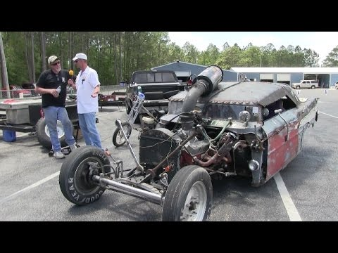 HOT ROD MADNESS FINDS A SNAKE !!