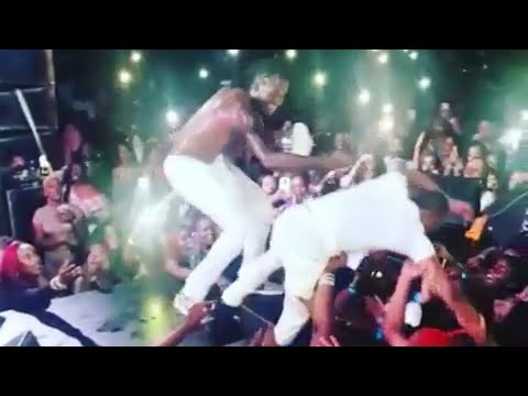 Dexta Daps Pulled Off Stage By Women & Aidonia Fails To Save Him From The Crowd