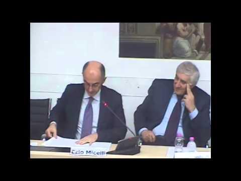 Presentazione del libro URBANISTICA SOLIDALE di Paolo Urbani - Perugia  9 dicembre 2011 (registrazione video della Scuola Umbra di Pubblica Amministrazione)