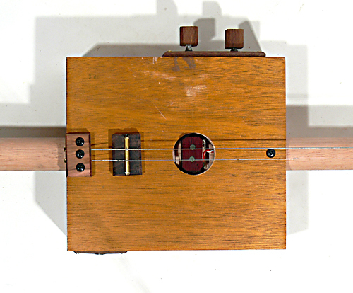 Ted TV 2 String