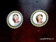 FOOTBRIDGE COVE Vintage Earrings & Demi Parures