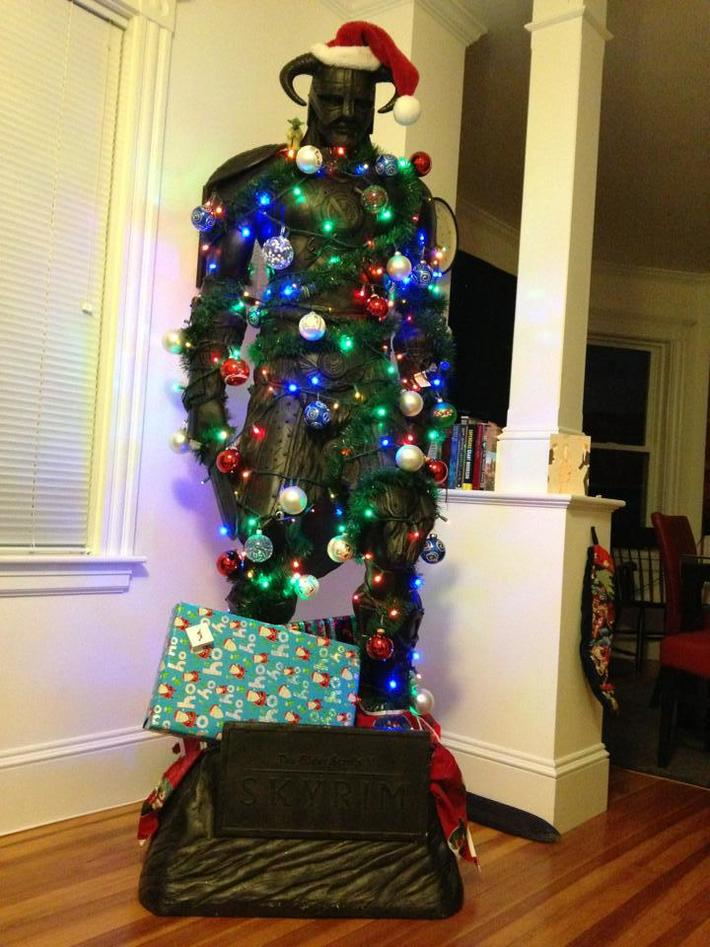 Best way to decorate your tree
