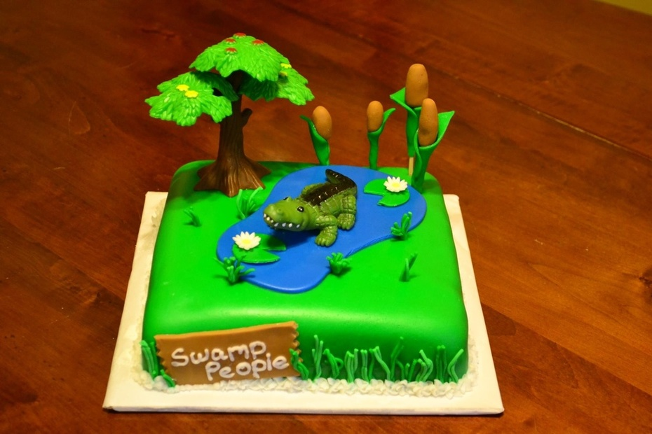 """Swamp People"" cake"