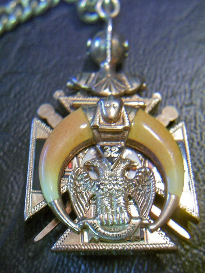 Mason's watch fob close up back