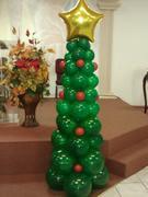 Arbolito de navidad en bombas...