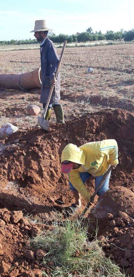 Construction of Road for underprivileged areas by Anouar Association for Development and Solidarity #AnouarAssociation #Anouar #Associationanouar #Charity #helpinghands #bienfaisance #assistance #acti