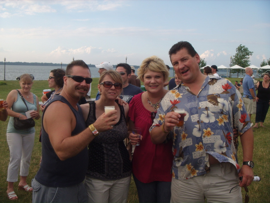 Beer On the Bay with Ray and Lisa 2010.