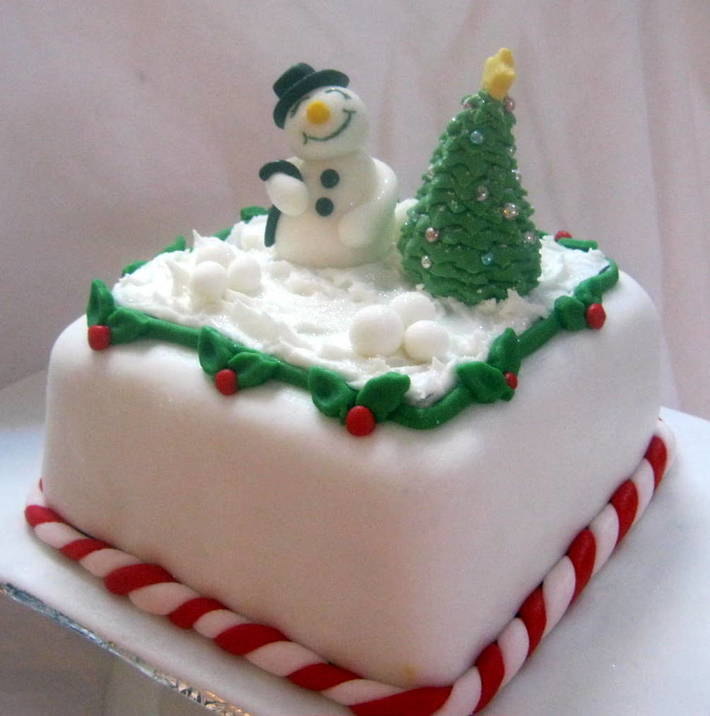 Winter Holiday Cake Contest