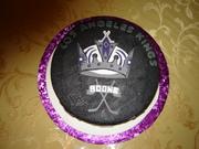 LA Kings Hockey Puck cake