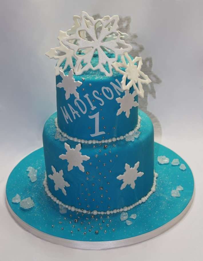 Magnificent Winter Birthday Cake Cake Decorating Community Cakes We Bake Funny Birthday Cards Online Eattedamsfinfo