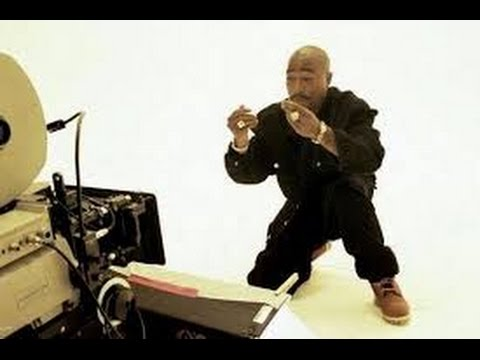 Tupac- Hit em up Behind the scene's