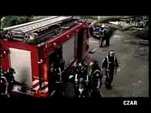 los bomberos no solo combate el fuego
