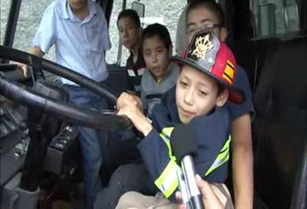 Dan el ultimo  adios  a niño bombero