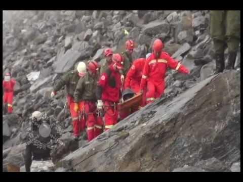 """Rescate de cuerpos de desaparecidos de fin de año  Bomberos """"Antofagasta"""" La Paz-Bolivia"""