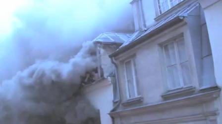 RESCATE EN PARIS DURANTE INCENDIO DE EDIFICIO - FRANCIA / Vídeo Destacado de La Hermandad de Bomberos