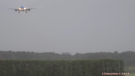 DIFÍCIL ATERRIZAJE DE BOEING 777 EN EL AEROPUERTO INTERNACIONAL DE AMSTERDAM