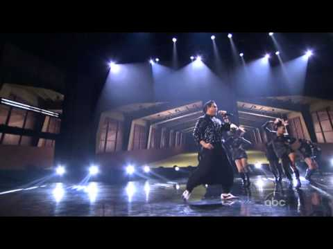 PSY Performs  Gangnam Style (Live 2012 American Music Awards) With MC Hammer