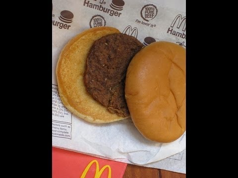 #HungerGames : Would You Eat This 14-Year Old Hamburger??