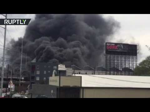 RAW: Blaze causes highway collapse in Atlanta