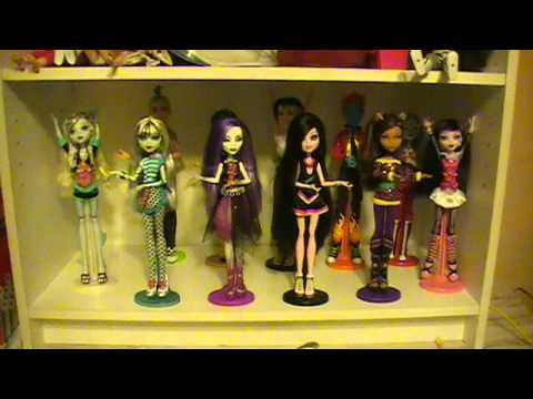 Monster High Stop Motion Music Video - The Addams Family