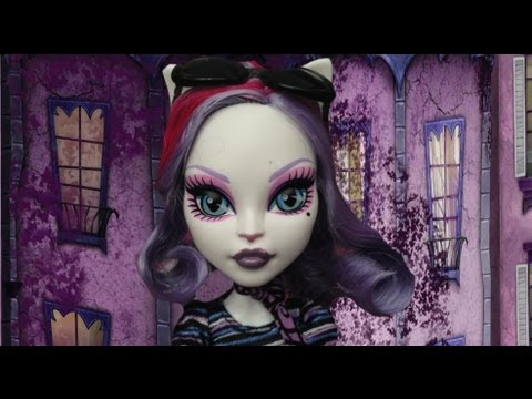 Monster High Catrine Demew stop motion review scaris