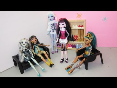 How to make monster high doll shoes or sandals [ For monster high girls ]
