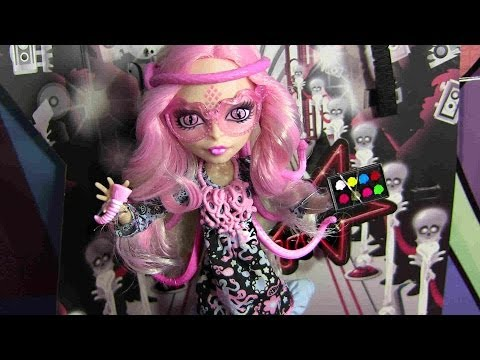 MONSTER HIGH VIPERINE GORGON FRIGHTS CAMERA ACTION REVIEW VIDEO !!! :D!!