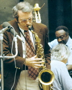 JAMMING WITH BOB WILBUR'S BAND, 1973.  THAT'S MILT 'THE JUDGE' HINTON WITH THE BASS.