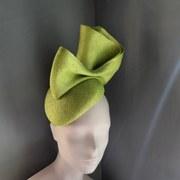 Lime parisisal cocktail hat