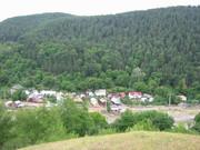 3. Coza, Tulnici, Vrancea - casa noastră undeva în vale :)