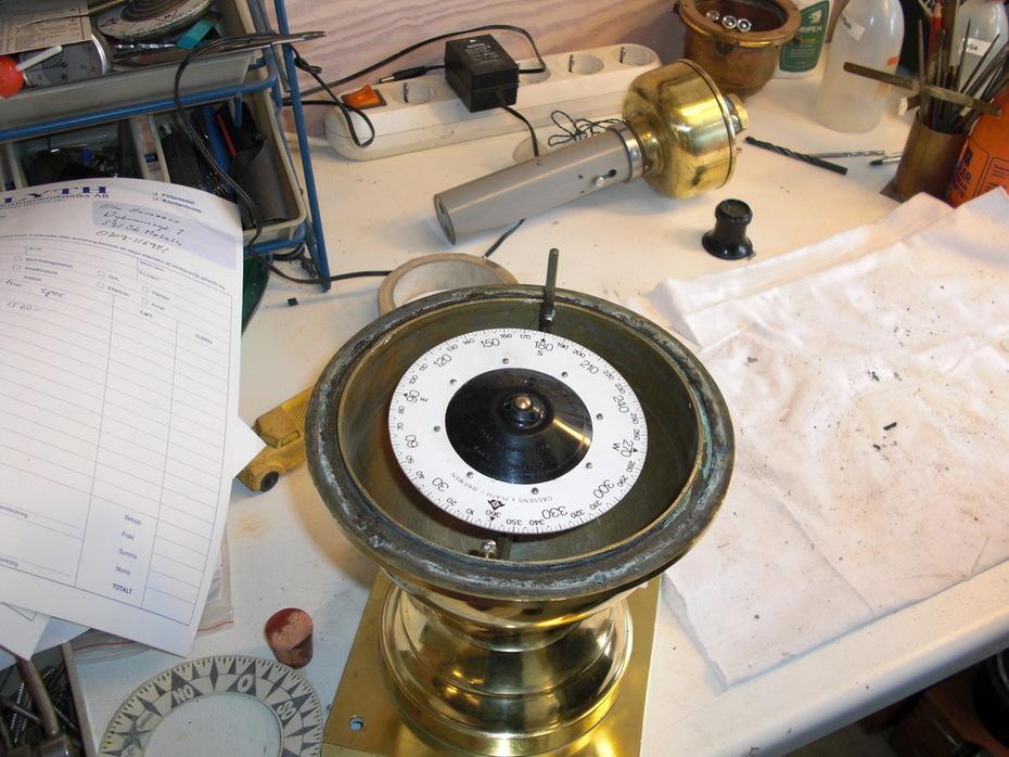 Ange på Lyth börjar lägga upp en ny kompassros