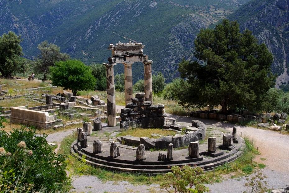 Η περίφημη Θόλος (390 - 380 π.Χ.)