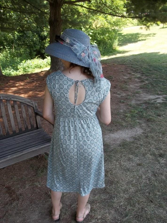Key-Hole Back refashioned dress