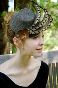 heather brown felt fascinator with fethers