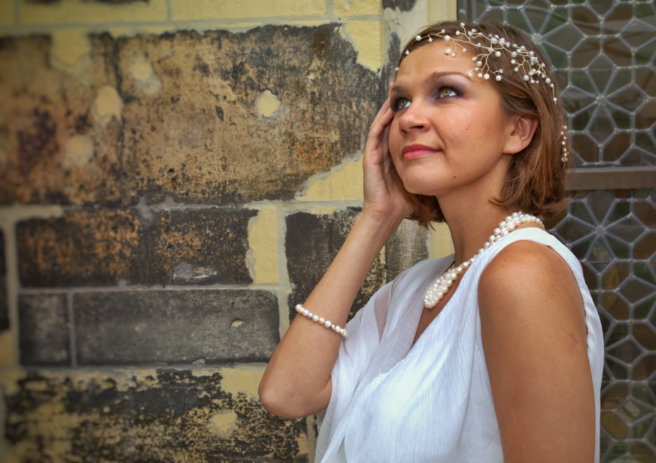 AgAtelier Bridal Collection Pearls and Rhinestones on Headband