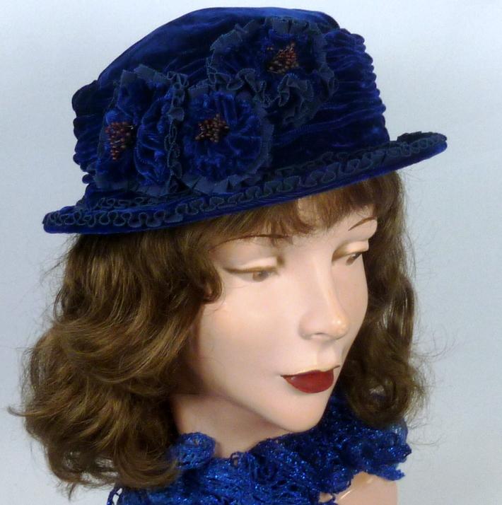 Reproduction of 1920s Velvet Cloche Hat
