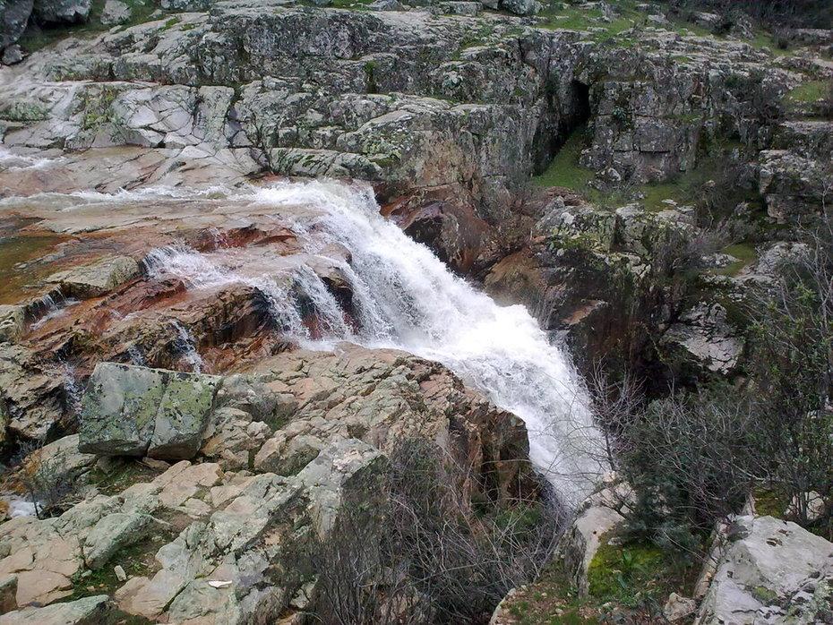 Parque Natural Valle de Alcudia y Sierra Madrona Cascada de la Batanera