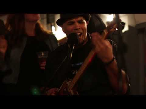 """Fat Knuckle Freddy  - """"The Way Life Should Be Blues"""" - Live At Amigos"""