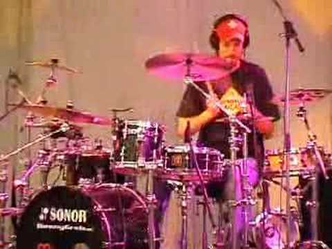 Benny Greb @ MEINL Drum Festival 2005 part I