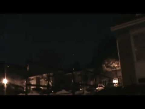 UFO OVER KITCHENER / ONTARIO / CANADA (7 MARCH 2011)